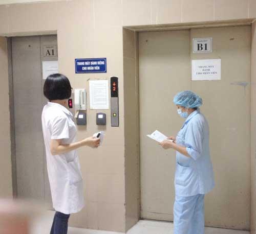 Thang Máy Tải Bệnh Viện